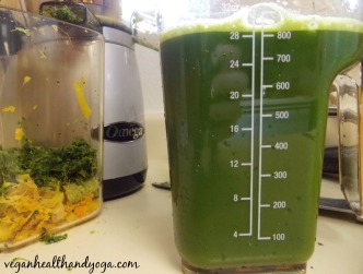pineapple kale juice